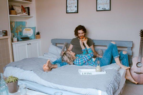 Ljubav u doba korone: Savjeti za dejtanje i održavanje iskre u vezi