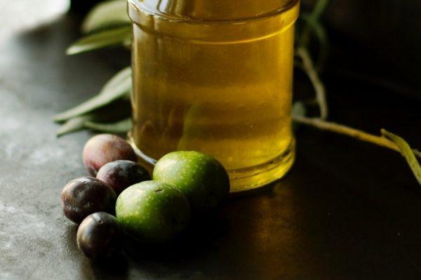 Od Zvona cateringa možete naručiti i domaće maslinovo ulje