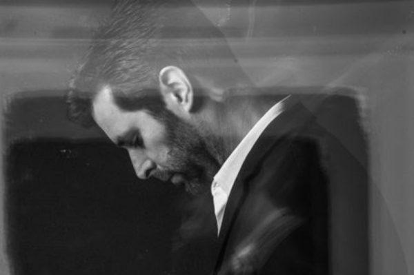 """Poslušajte novu zarazno dobru pjesmu Borisa Štoka """"Uvijek dio mene"""""""