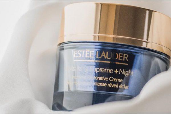 #OdbrojavamDo giveaway: Osvojite Estée Lauder kremu koja briše znakove starenja dok vi spavate