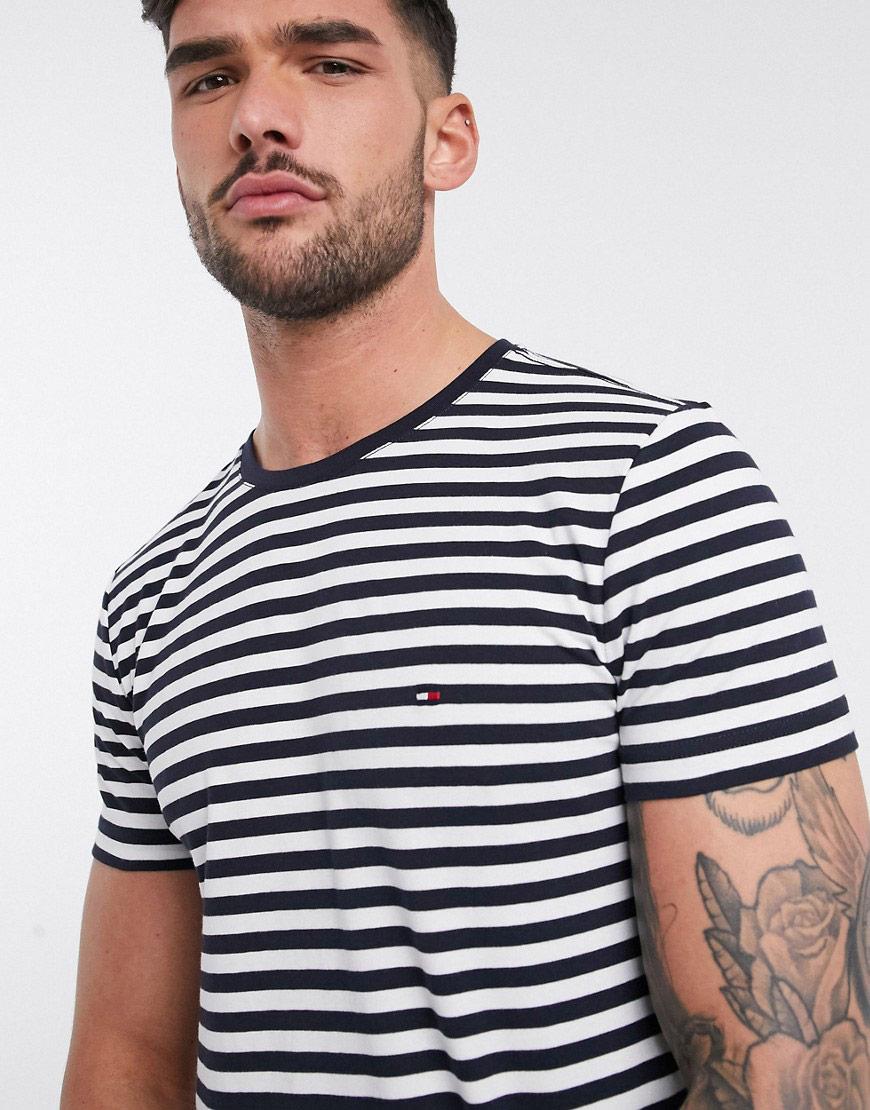 Tommy Hilfiger mornarska majica ljeto 2020
