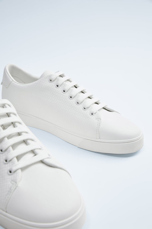 Zara bijele tenisice ljeto 2020