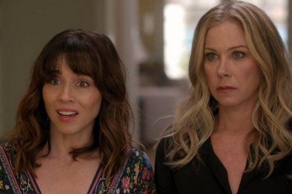 Genijalne vijesti – hit serija 'Dead To Me' vraća se s trećom i finalnom sezonom!