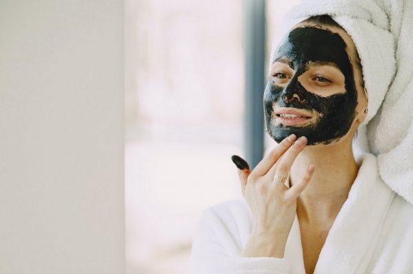 Ovih 6 sastojaka bi trebali izbjegavati u kućnoj njezi kože – prema savjetima dermatologa