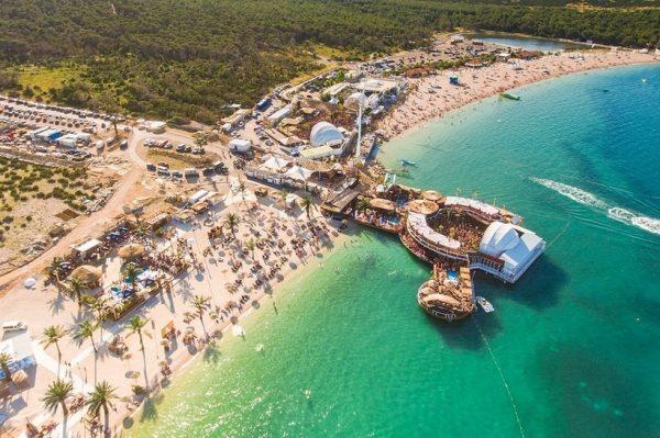 Klubovi plaže Zrće otvaraju svoja vrata posjetiteljima