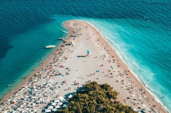 6 razloga zašto ovog ljeta želimo posjetiti otok Brač