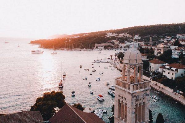 7 razloga zašto ovog ljeta želimo posjetiti otok Hvar