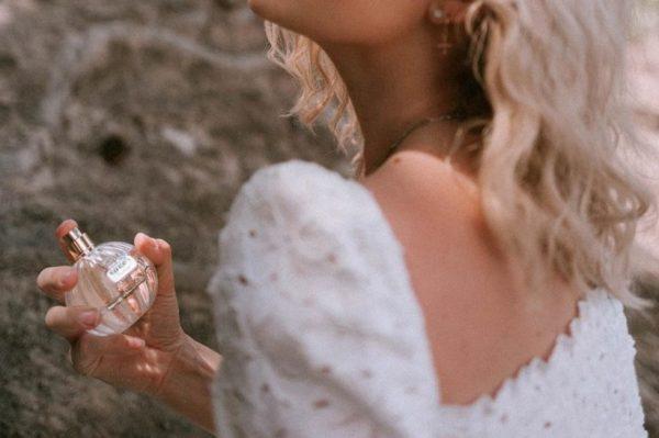 Trik uz koji ne morate trošiti bogatstvo na luksuzne mirise – niti ih se odreći
