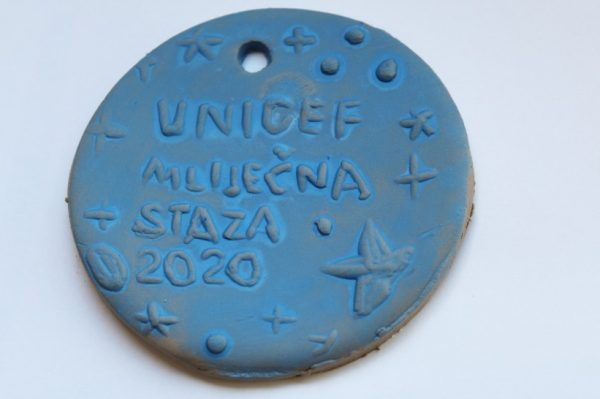 Unikatne medalje za sudionike UNICEF-ove utrke Mliječna staza 2020.