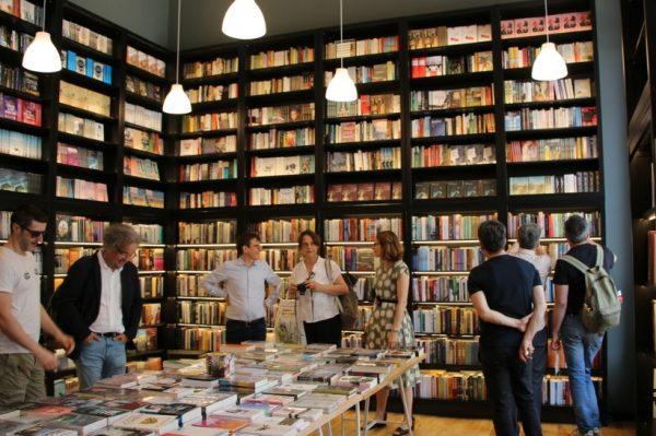 U Zagrebu se napokon otvorila divno uređena knjižara Fraktura u koju ćemo stalno svraćati