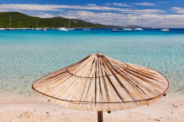 Predivna pješčana plaža na kojoj se još stignete okupati