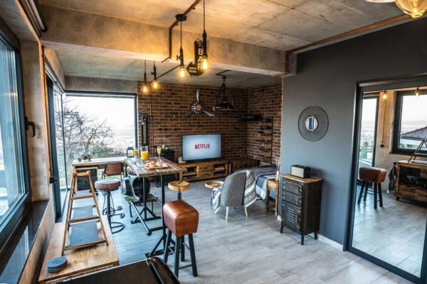 Kuća za odmor koja će oduševiti ljubitelje industrijskog stila, a ima i jacuzzi na krovu