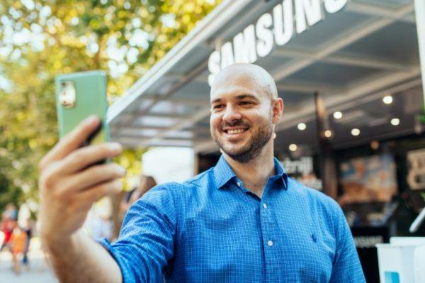 Stvarno dobar gejmerski pametni telefon – s jakom baterijom i puno memorije