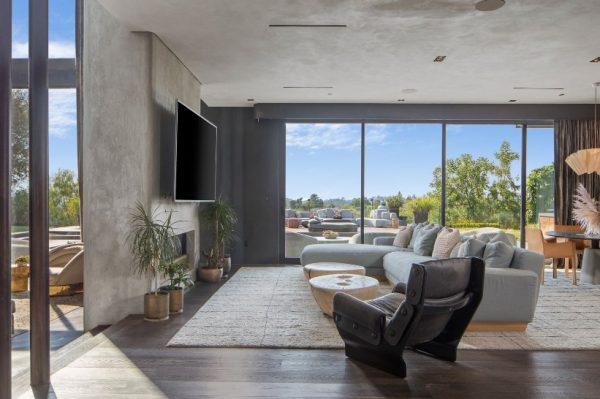 Zavirite u dom Johna Legenda i njegove supruge Chrissy Teigen na Beverly Hillsu