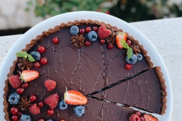 U francuskom stilu: čokoladni tart s medom i začinima
