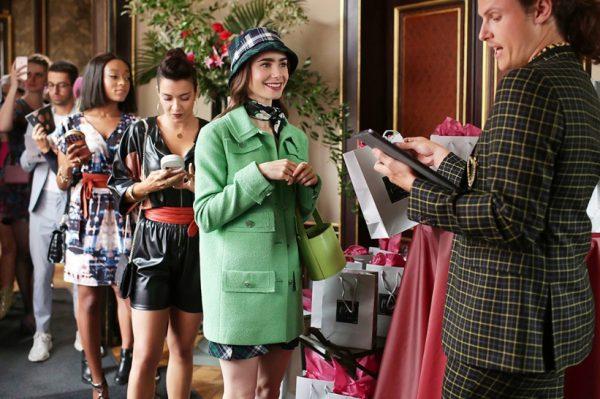 Moda je možda najbolji dio serije 'Emily in Paris'