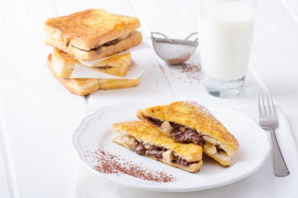 Francuski tost s Nutellom i bananom je sve što želimo za doručak