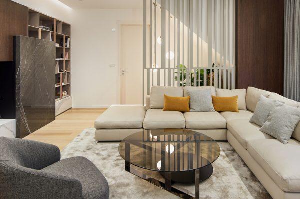 Zavirite u moderan, luksuzan i elegantan stan peteročlane obitelji u Zagrebu