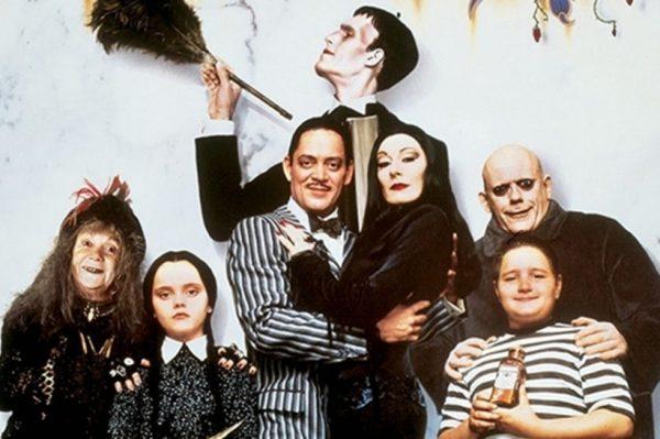 Tim Burton režirat će novu adaptaciju Obitelji Addams