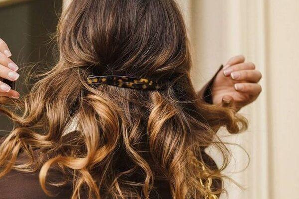 Jednostavna, a lijepa frizura koja je kao stvorena za ležerne vikende