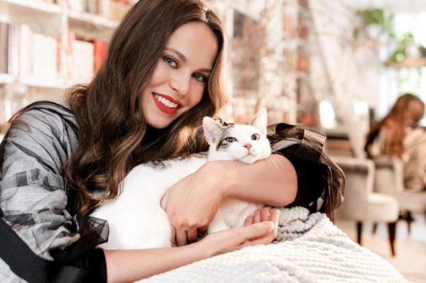 Kako svojoj mački pružiti zdraviji život? Poznati Hrvati i vlasnici mačaka imaju odgovor