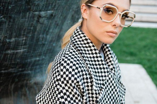 Poznata influencerica Martina Vuletić nosi hit modne dodatke sezone