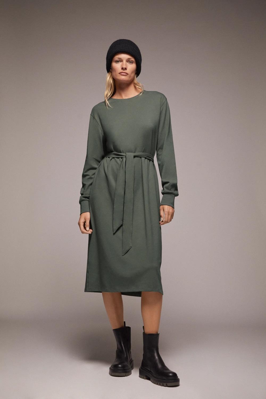 Zara zelena boja zima 2020.