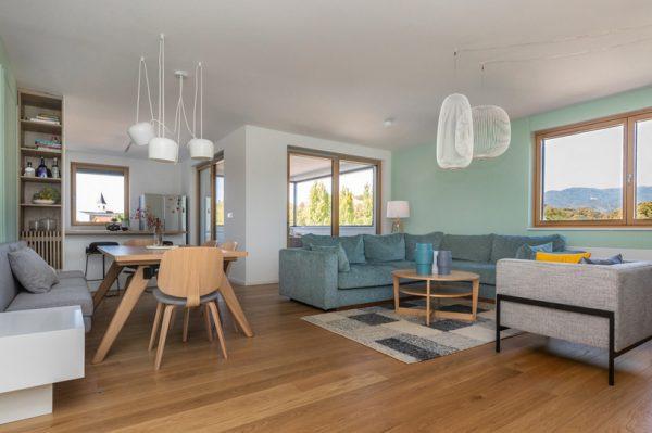 Kako je uređen prostrani stan od 130 kvadrata za mladu obitelj u širem centru Zagreba