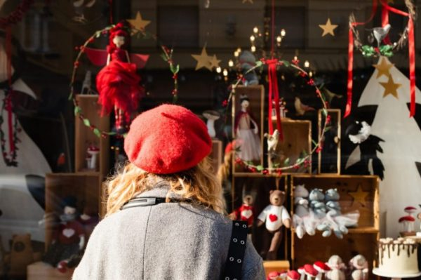 Nedjeljna šetnja po Zagrebu: Obiđite sve najljepše božićne izloge u gradu