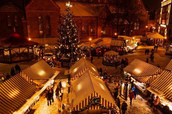 Virtualno prošećite po najljepšim božićnim sajmovima i gradovima