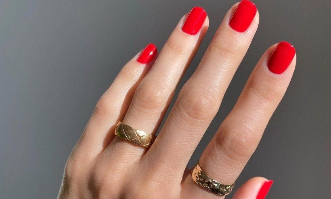 'It' boja laka za nokte za prosinac