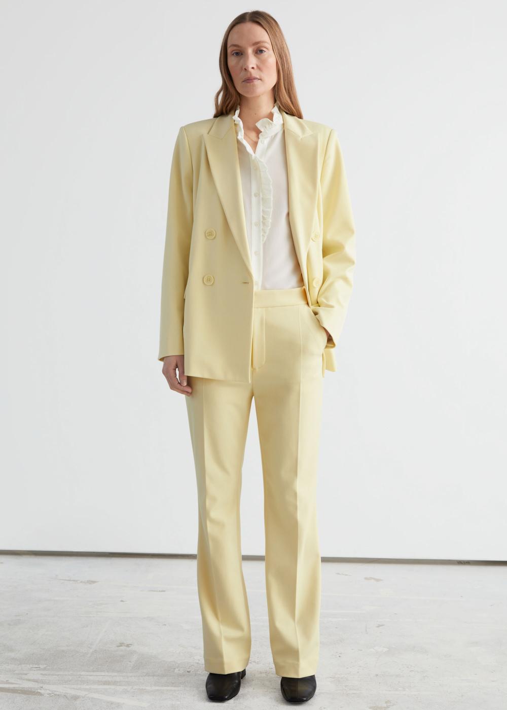 & Other Stories nježna žuta boja modni trend 2021.