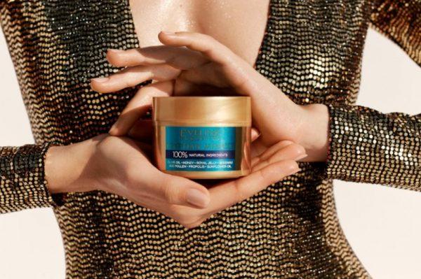 Journal.hr Good Vibes Only darivanje: Eveline Cosmetics paket za njegu kože