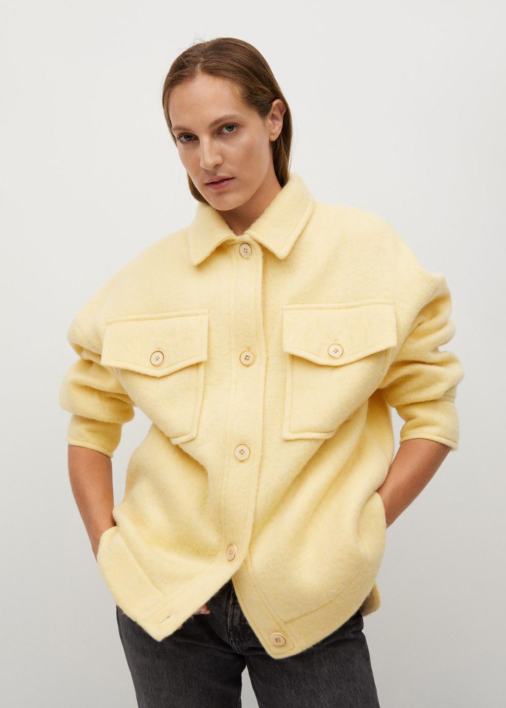 Mango nježna žuta boja modni trend 2021.
