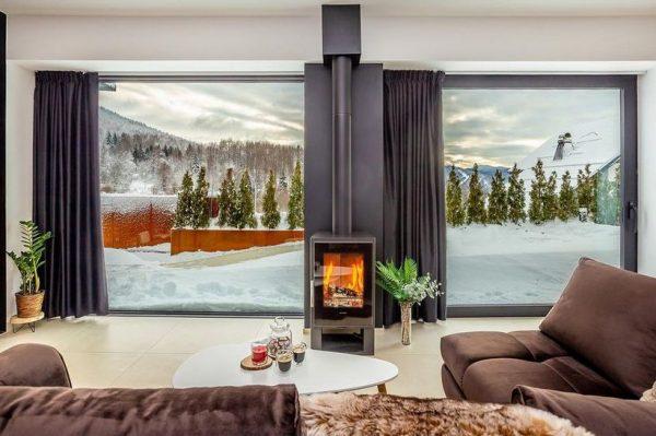 Zimska idila u modernoj planinskoj kući u srcu Gorskog kotara