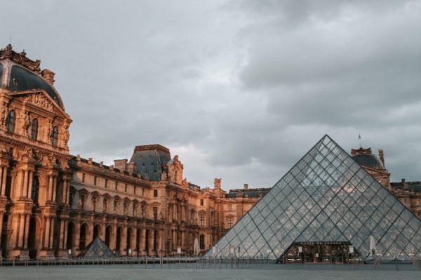 Pariz virtualno: Ovoga petka Louvre otvara svoja vrata