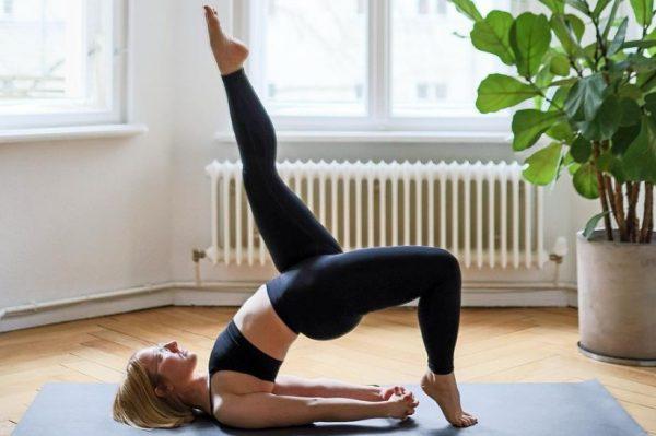 Sve što vam treba za jogu je udobna odjeća – donosimo najbolje high street modele