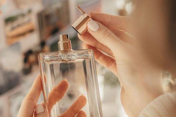 14 bestselling parfema koje sad možete uloviti na sniženju