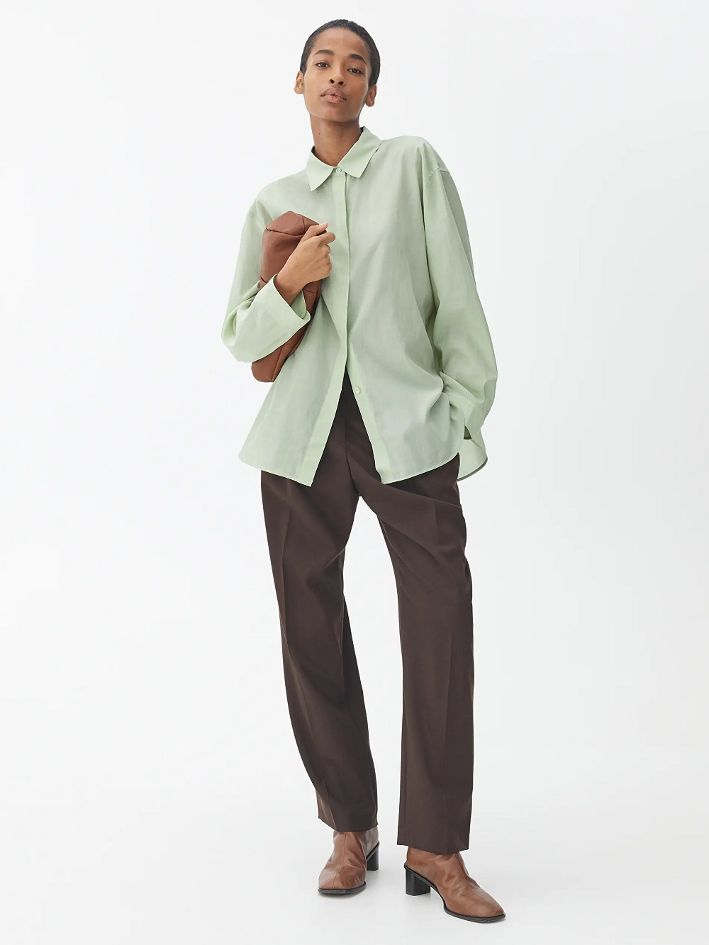 Arket zelena boja modni trend proljeće 2021.