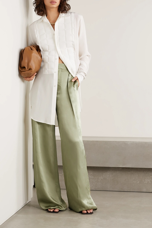 Bottega Veneta zelena boja modni trend proljeće 2021.