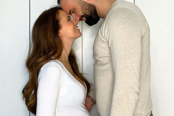 Korana Gvozdić i Ivan Šarić čekaju prvo dijete