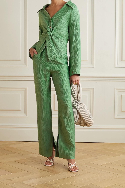 Nanushka zelena boja modni trend proljeće 2021.