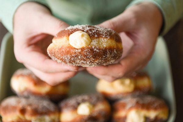 Janjolinka: Sourdough krafne punjene kremom od vanilije