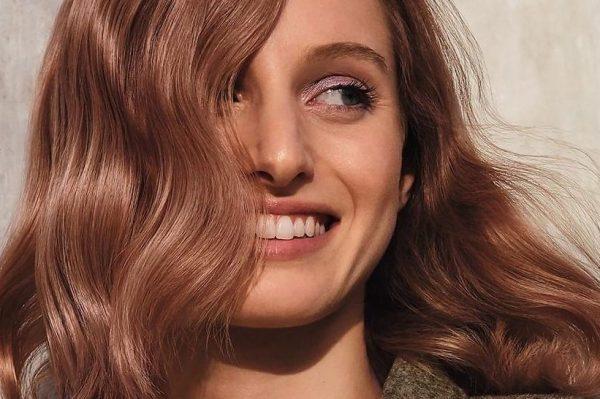 'Roasted caramel' je hit boja kose za prirodni look s pomakom