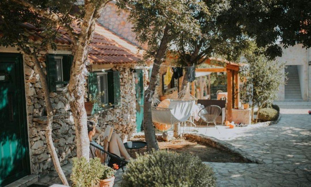 Pronašli smo divno imanje u blizini NP Krka idealno za proljetni izlet