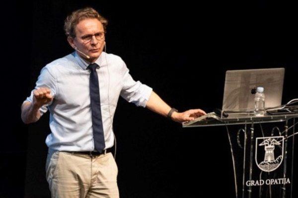 #allaboutchange: Kako na promjene u 2021. gleda znanstvenik Ivan Đikić