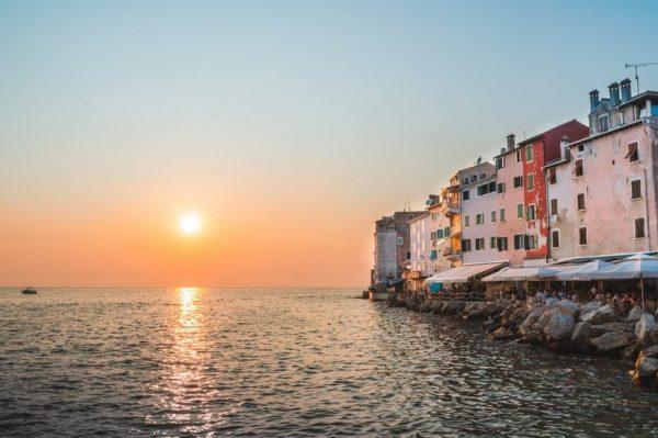 Najljepša mjesta u Hrvatskoj za putovanja ovog proljeća