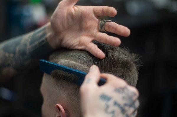 Journal Man: Kako usporiti gubitak kose?
