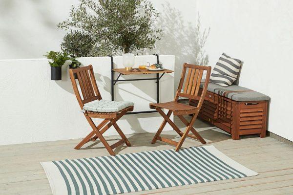 Zašto bi se na vašem balkonu ili terasi trebala naći barem jedna drvena stolica