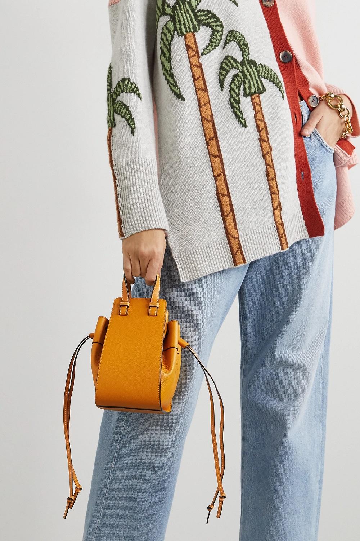 Loewe torbe u boji proljeće ljeto 2021.